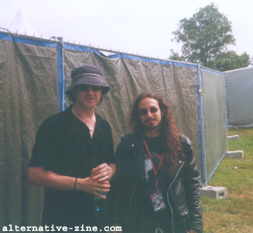 Wayne Hussey (The Mission) and Maor Appelbaum (Alternative-Zine.com) at EuroRock 2000 Festival, Belgium, August 2000